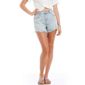 Gianni Bono High Waist Light Wash Jean Shorts!